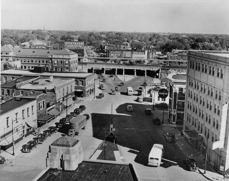 Intersection of University and Chester Street from City Building, looking west